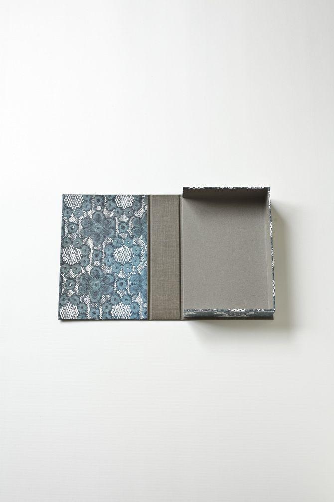 Zwillinge   Postcard Box - Blue flower pattern No.3