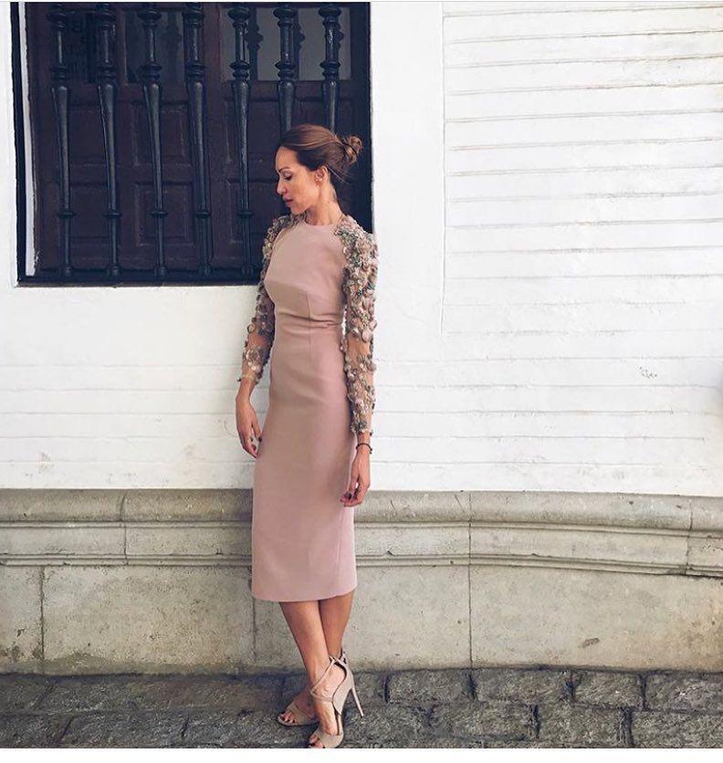 1 204 Me Gusta 11 Comentarios Invitada Ideal By Margarita Invitadaideal En Instagram Vestidos Pe Elegant Dresses Fashion Outfits Fashion Design Clothes