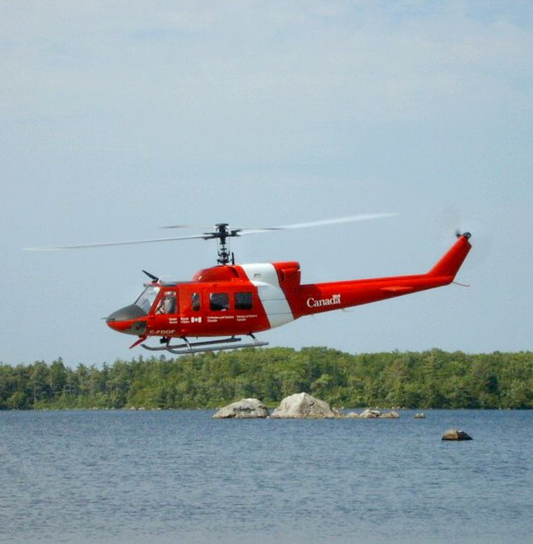 Bell 212 canadian coast guard canadian coast guard