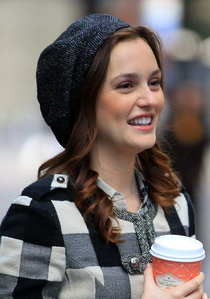Coolest Hairstyles To Wear With Hats Many Girls Like To Wear Hats