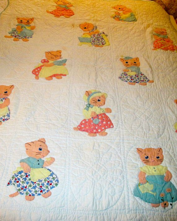 Vintage appliqued baby quilt with cats / kittens