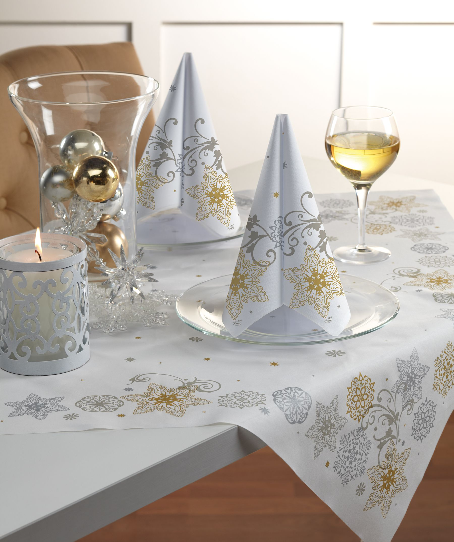 Beautiful Duni Napkins, Table Covers, Table Runners & Accents By