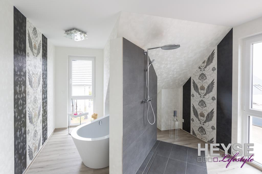 tapete marburg harald glckler gestaltung badezimmer tapete im bad http - Badgestaltung Mit Tapete