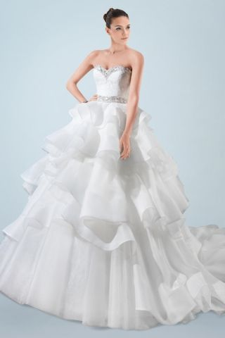 Trendy Cheap Resplendent Beaded Sweetheart Neckline Ball Gown Wedding Dress with Tiered Ruffled Skirt by