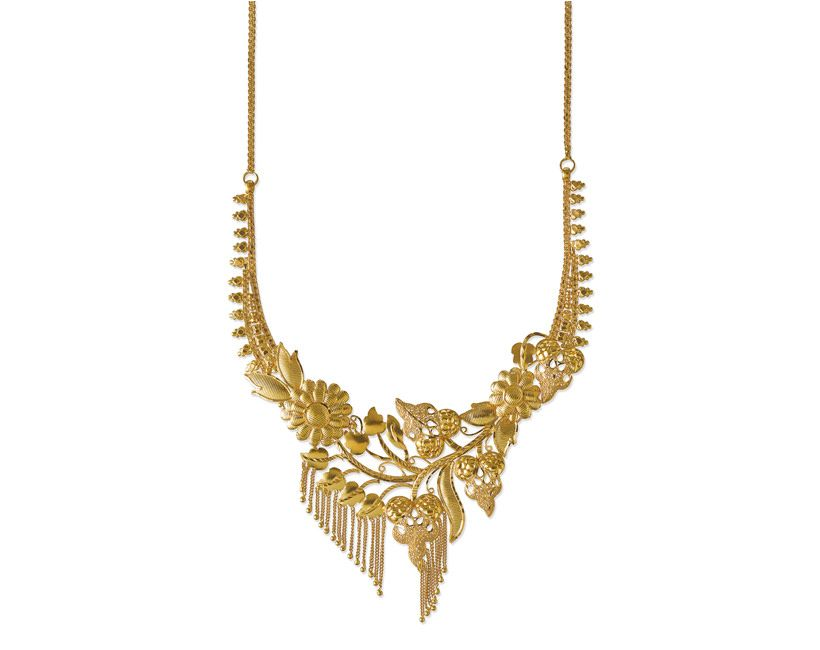 A beautiful floral & leaf neck-piece by Tanishq which stands out ...