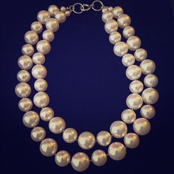 Faux Pearl Necklace Premier Designs faux pearl double steals necklace. Includes 3 different colored ribbon extenders. Premier Designs Jewelry Necklaces