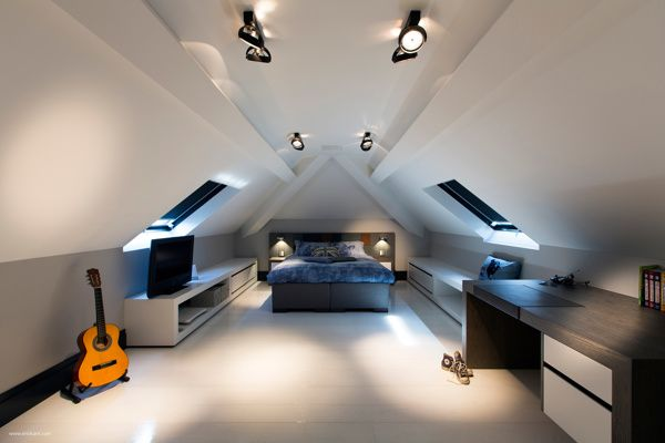 Bedroom In The Attic i love this ultramodern, sleek house with sharp lines. | interiors