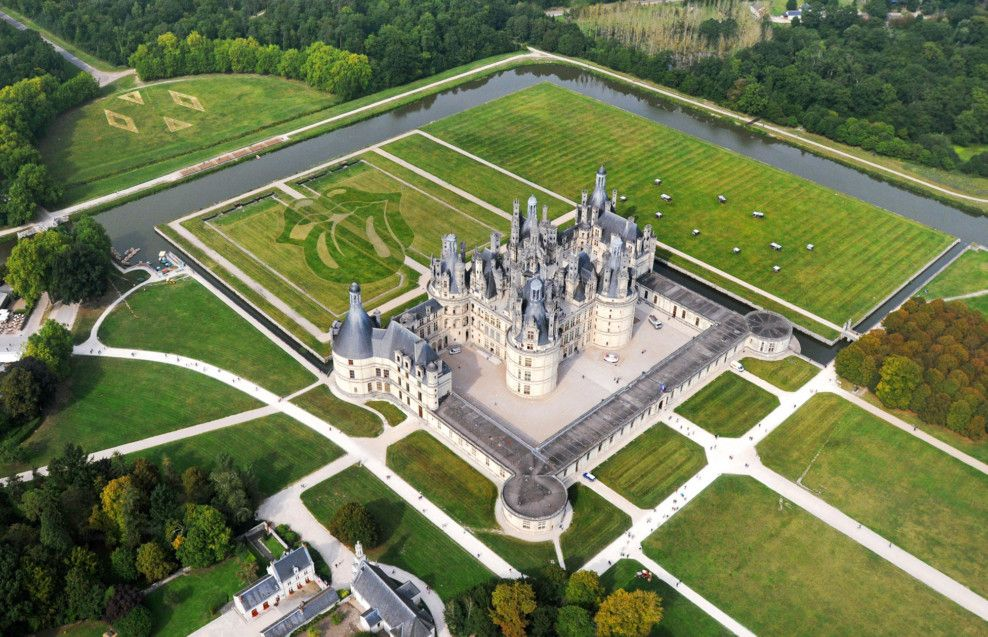 Chateau De Chambord One Of The Most Picturesque And Vibrant