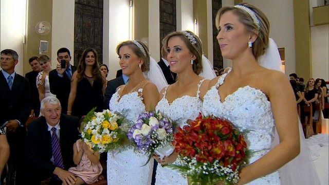 Trigêmeas fazem casamento triplo e contam com 18 padrinhos no RS Irmãs organizaram uma cerimônia diferenciada em Passo Fundo. Casamento triplo contou com dezenas profissionais e noivos ansiosos.