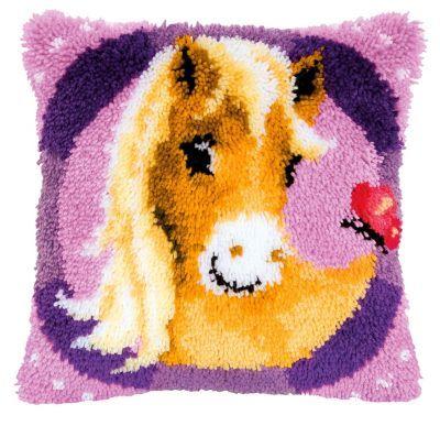 """Knüpfkissen """"Pony"""" € 29,95"""