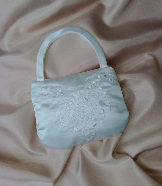 """Brauttaschen - Brauttasche """"Orient""""  bestickt ivory - ein Designerstück von Leaena bei DaWanda"""