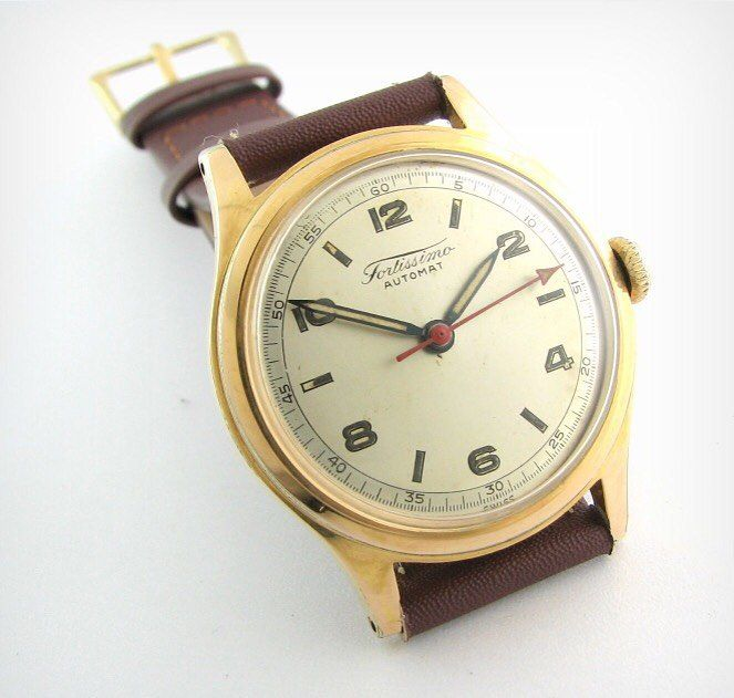 More Fortis - Fortissimo Automat #womw #affordableluxury #affordablewatches #luxury #fortis #vintage #vintagestyle #vintagefashion more at: http://www.womw.co