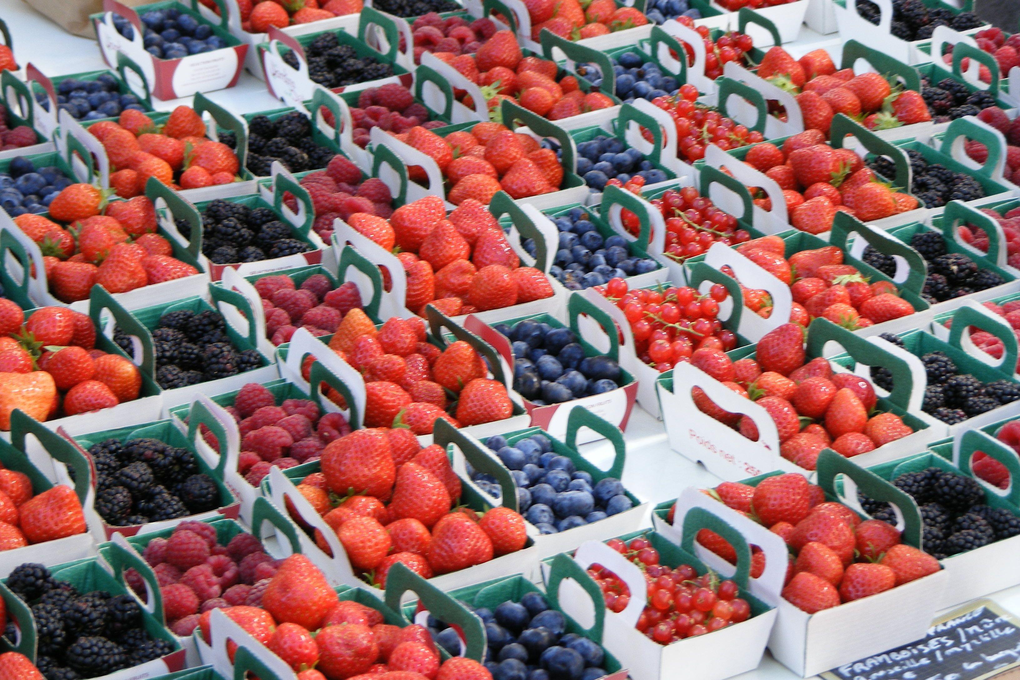 #luberon #francia #mercato frutti di bosco
