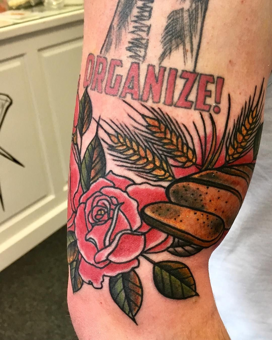 good flower tattoo artists near me