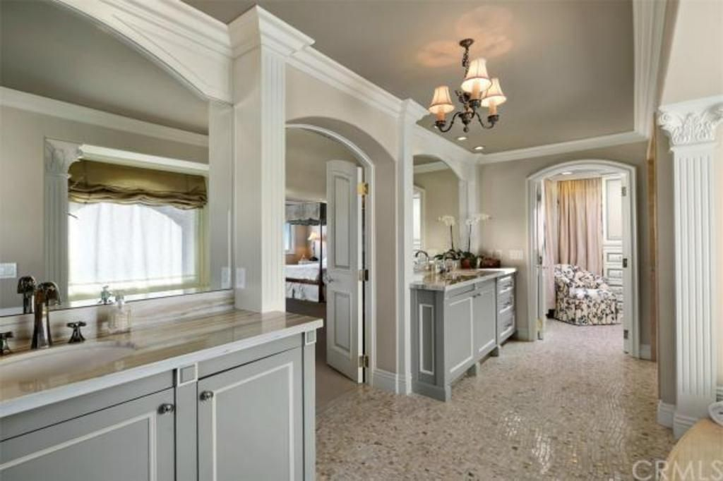 Newport Beach Home for Sale   Villa Real Estate