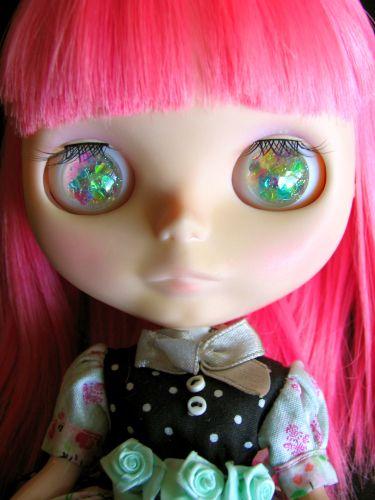 Iridescent Heart Eye Chips for Blythe