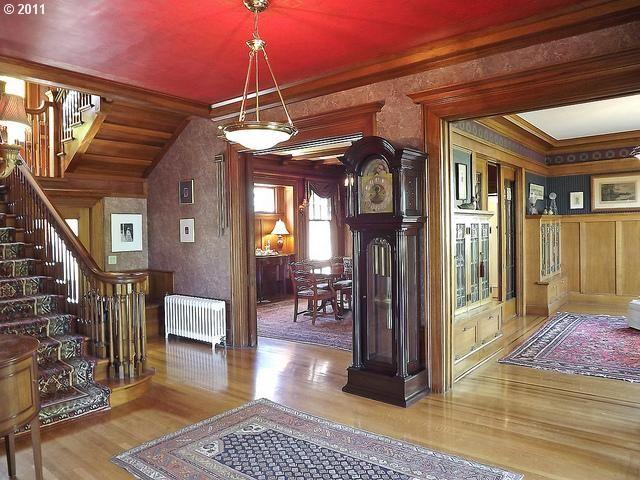 Historic Home In Laurelhurst, Portland.