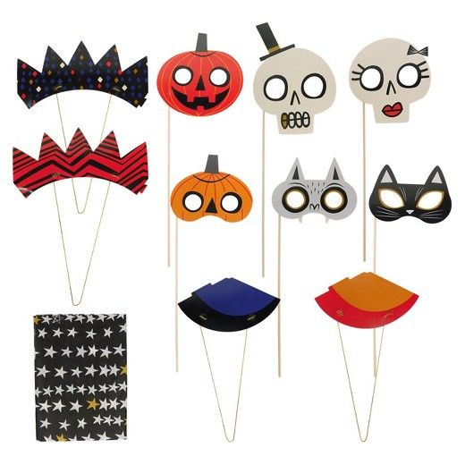 Halloween 11pc Halloween Stories in the Dark Photo Booth Party Kit ...