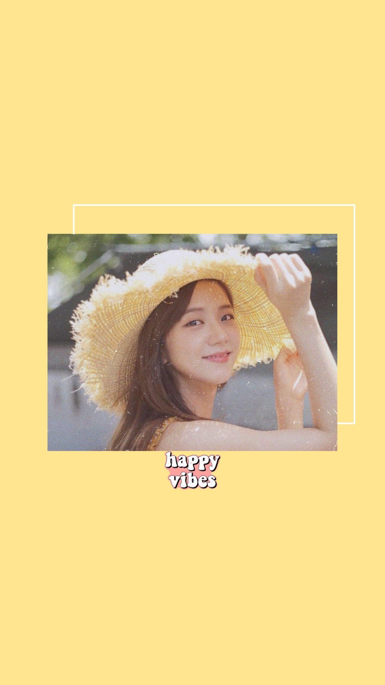 Soft Yellow Jisoo Aesthetic Wallpaper Blackpink Di 2020