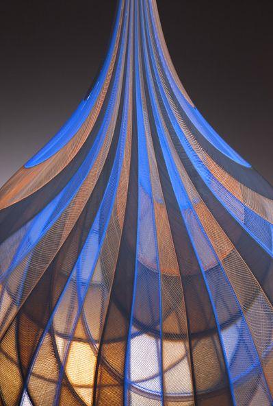 Image from http://livingveniceblog.com/wp-content/uploads/lino_glass6.png.