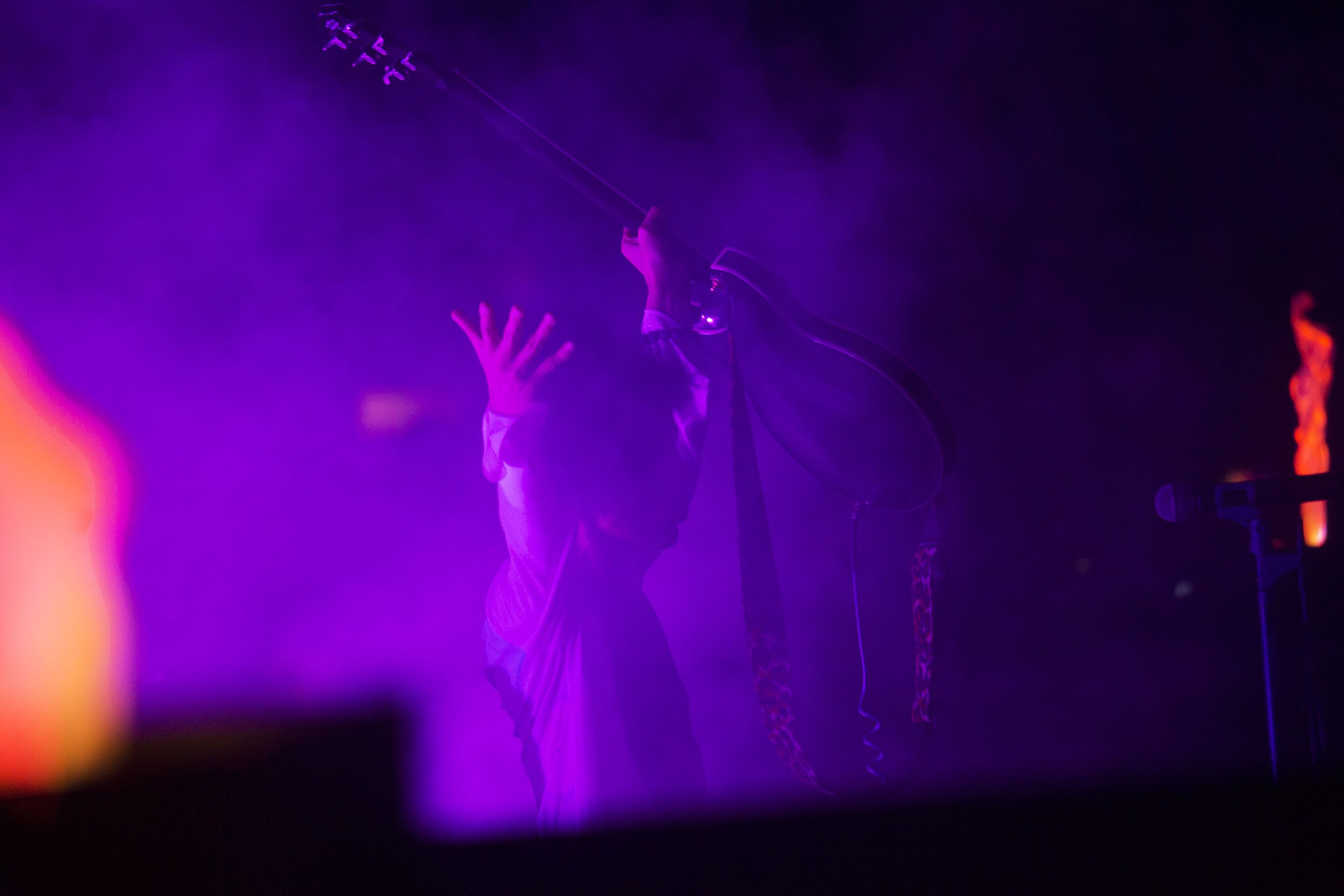 prince-in-concert-at-royal-farms-arena-in-baltimore-maryland-rally-4-peace-concert-extralarge_1431471061447.jpg (2500×1667)