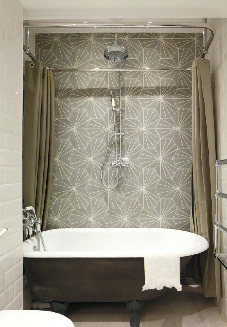 Shower Curtains Bathroom With Ceiling Mounted Shower Curtain Rail Elegant High End Curtains Fl Freestanding Tub Shower Clawfoot Tub Shower Bathroom Tub Shower