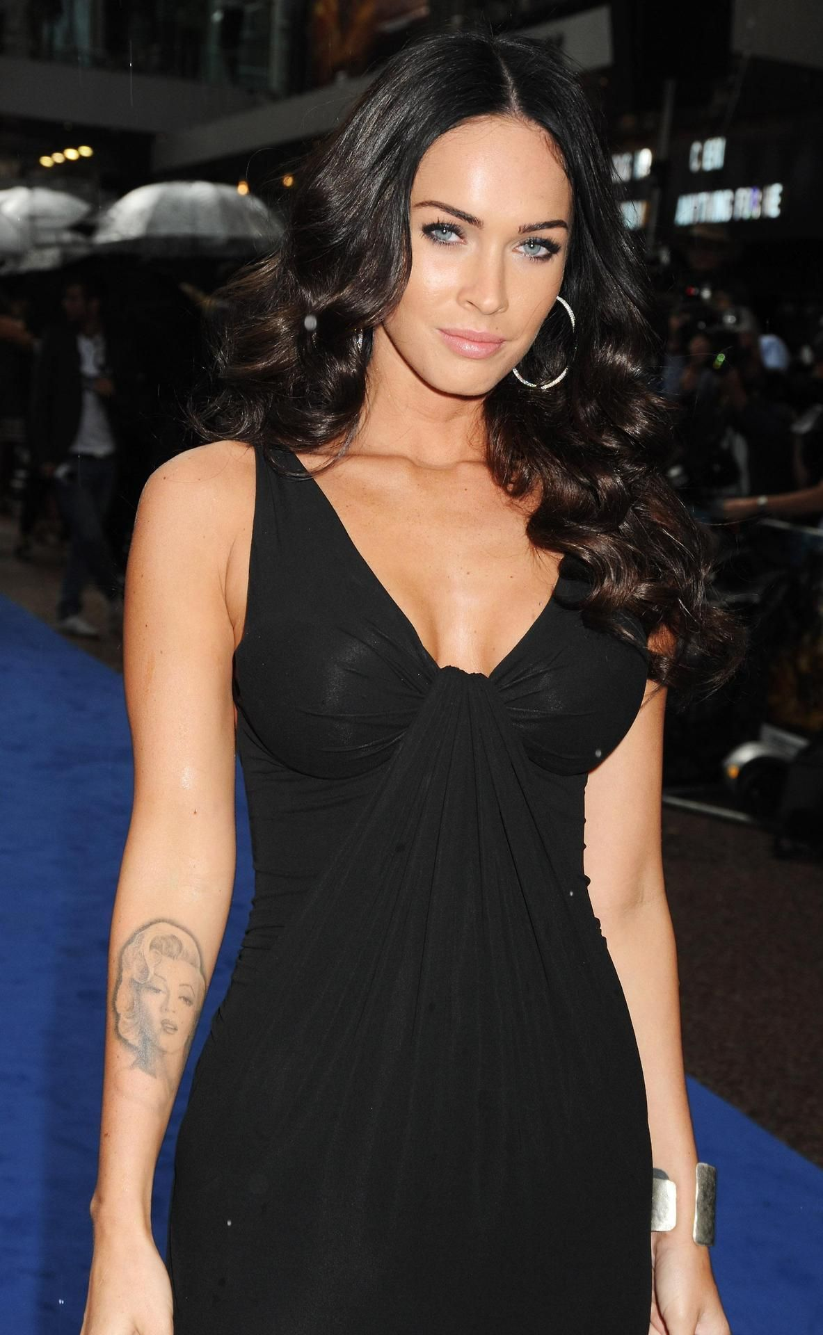 Celebrity Megan Strand nude (12 photo), Topless, Paparazzi, Boobs, braless 2015