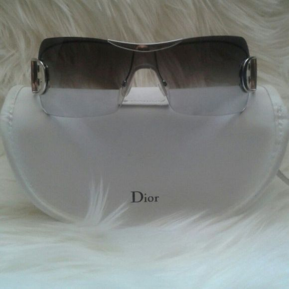 09e5500c30ad  shopmycloset  poshmark  fashion  shopping  style  forsale  Dior   Accessories