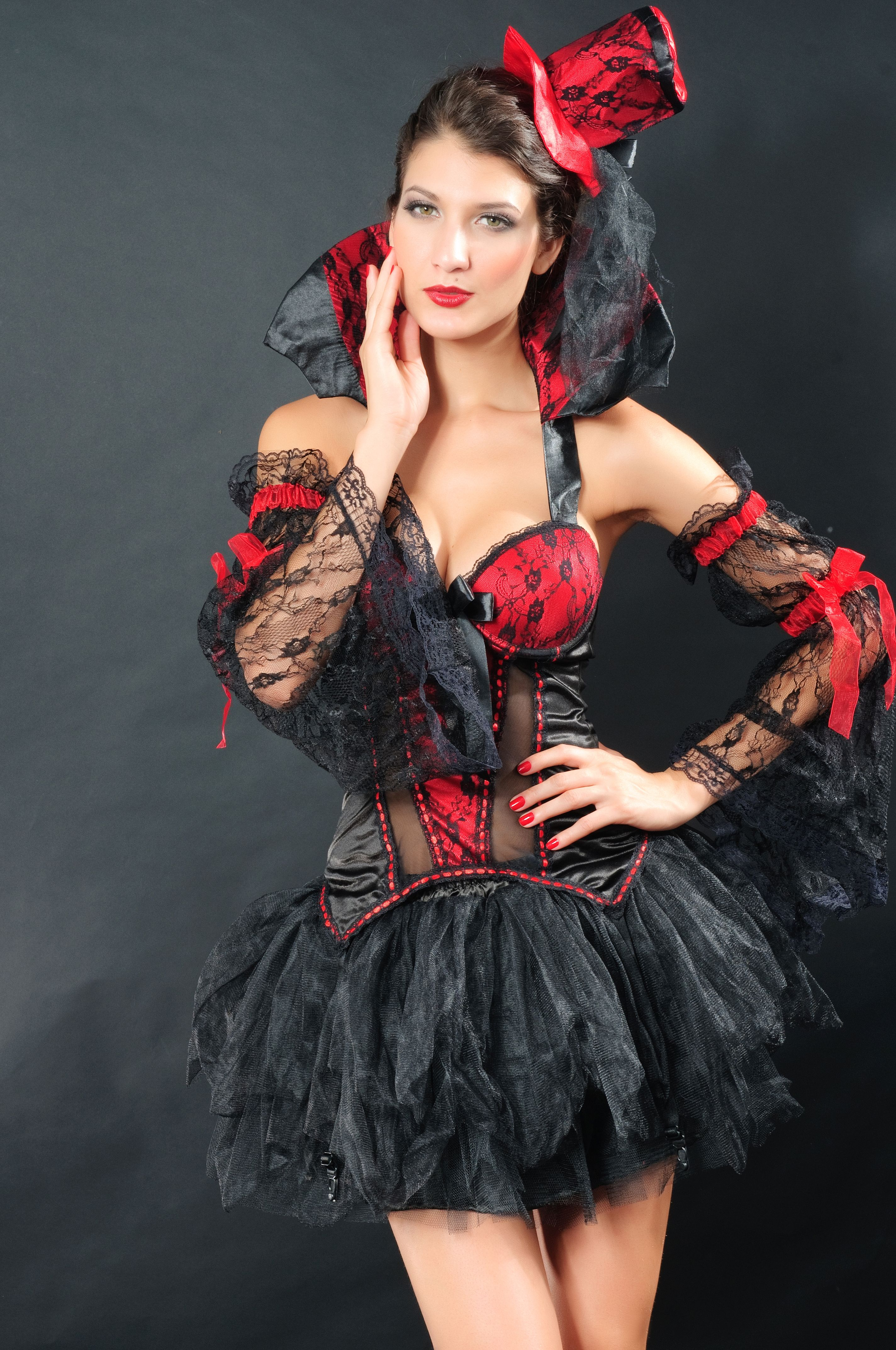 Fitted Princess Hat Halloween in 2020 Vampire dress