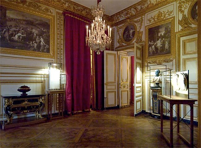 Petits Appartements De Versailles Lantichambre Des Chiens Porte