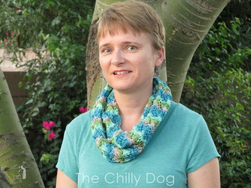 Knitting Scarf Patterns Infinity Scarf : Knit pattern: chinese fans infinity scarf