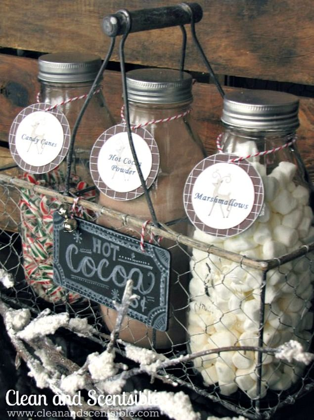Cute candy cane hot chocolate bar with free printable labels.