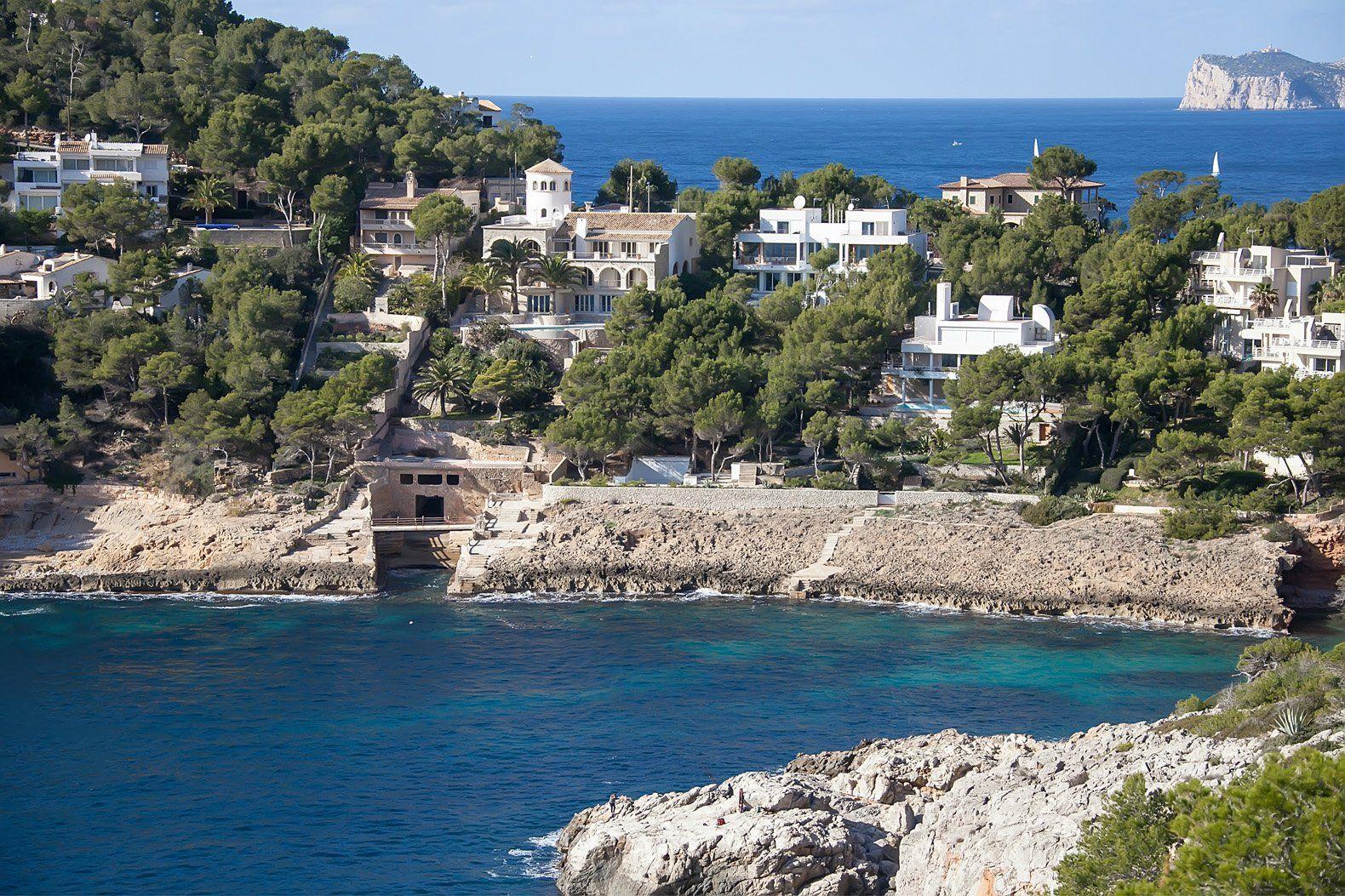 Sea side villas in Mallorca. Mallorca Spain Villa
