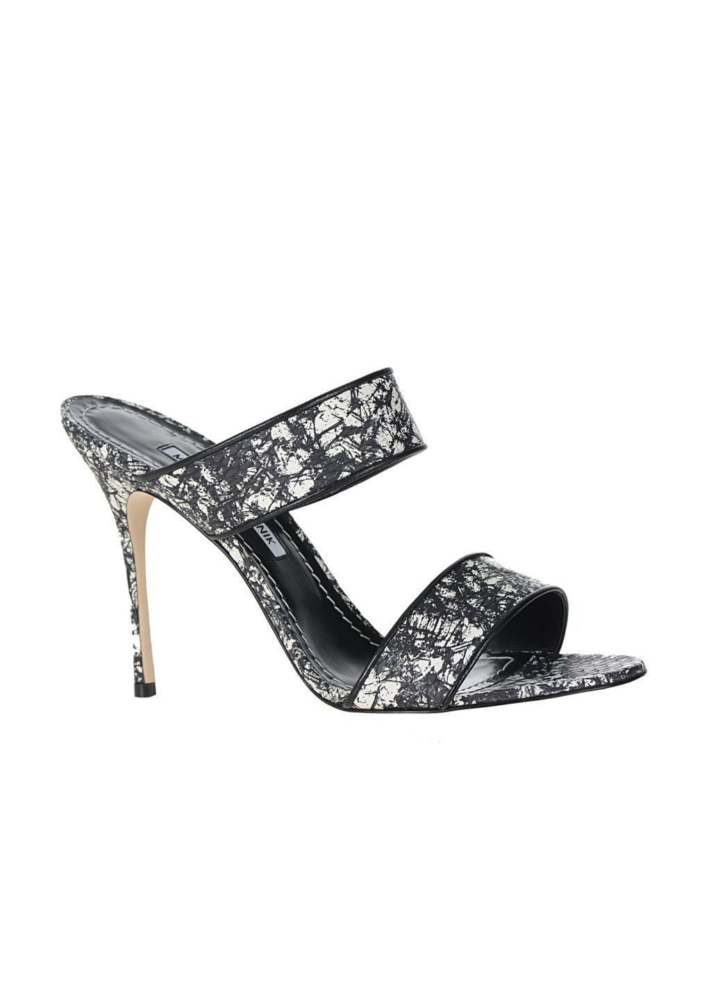 90b9ff8d8bf Manolo Blahnik RTW Spring 2016  manoloblahnikheels2017 Shoe Brands