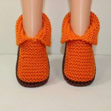 Children's Chunky Slippers Knitting pattern by madmonkeyknits | Knitting Patterns | LoveKnitting
