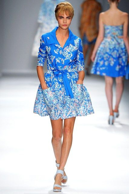3f7bd163539 Cacharel Spring/Summer 2013 Ready-To-Wear | Cara Delevinge Runway ...