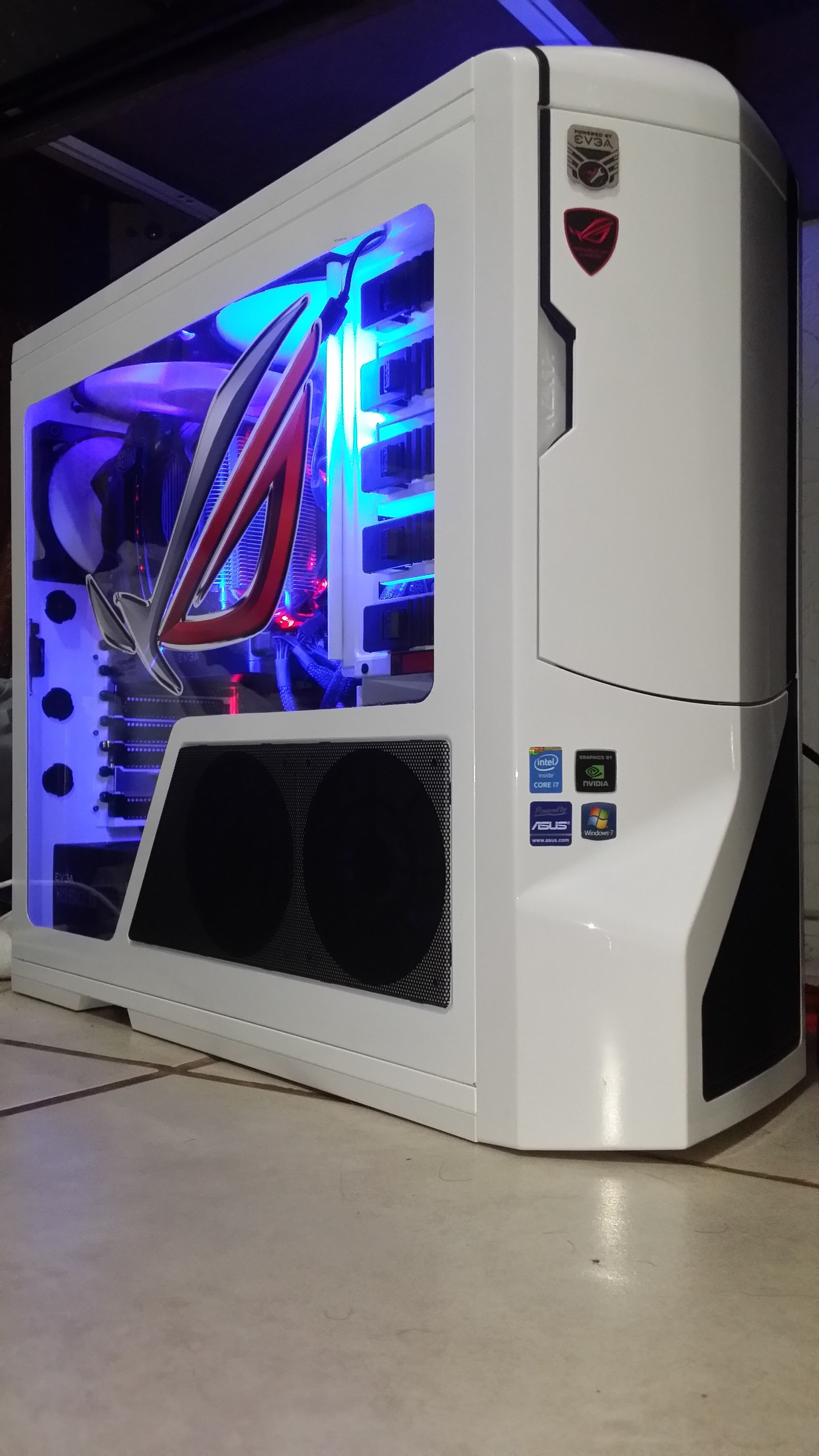 Maury S High End Gaming Pc In A Nzxt Phantom Case Gamingpc Pcgaming Buildapc Jeux Ordinateur Ordinateur Informatique