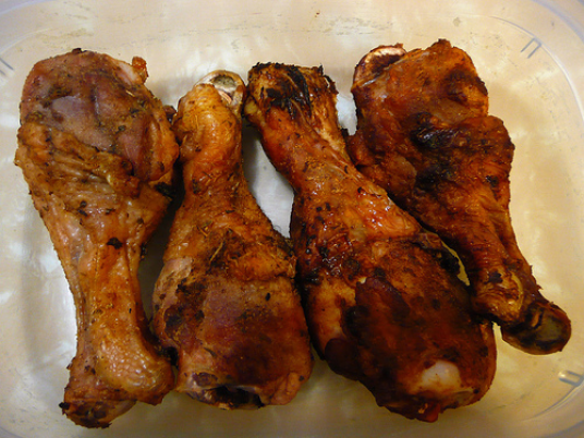 Sooo good. These baked chicken drumsticks are almost like KFC, but ...