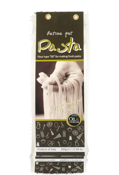 """Italiaanse bloem voor het bereiden van verse pasta. Gemaakt van het type """"00"""" meel van harde tarwe waardoor het deeg steviger wordt en beter kan rijzen. De perfecte start voor een eigen gemaakte pasta."""
