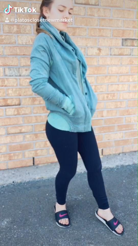 #athleisure #trendsetter #bestoftheday #streetstyle #womenstrends #upscaleretail #fashioninspo #musthave #gentlyused #PlatosClosetNewmarket // Lululemon jacket, size 6, $40 //