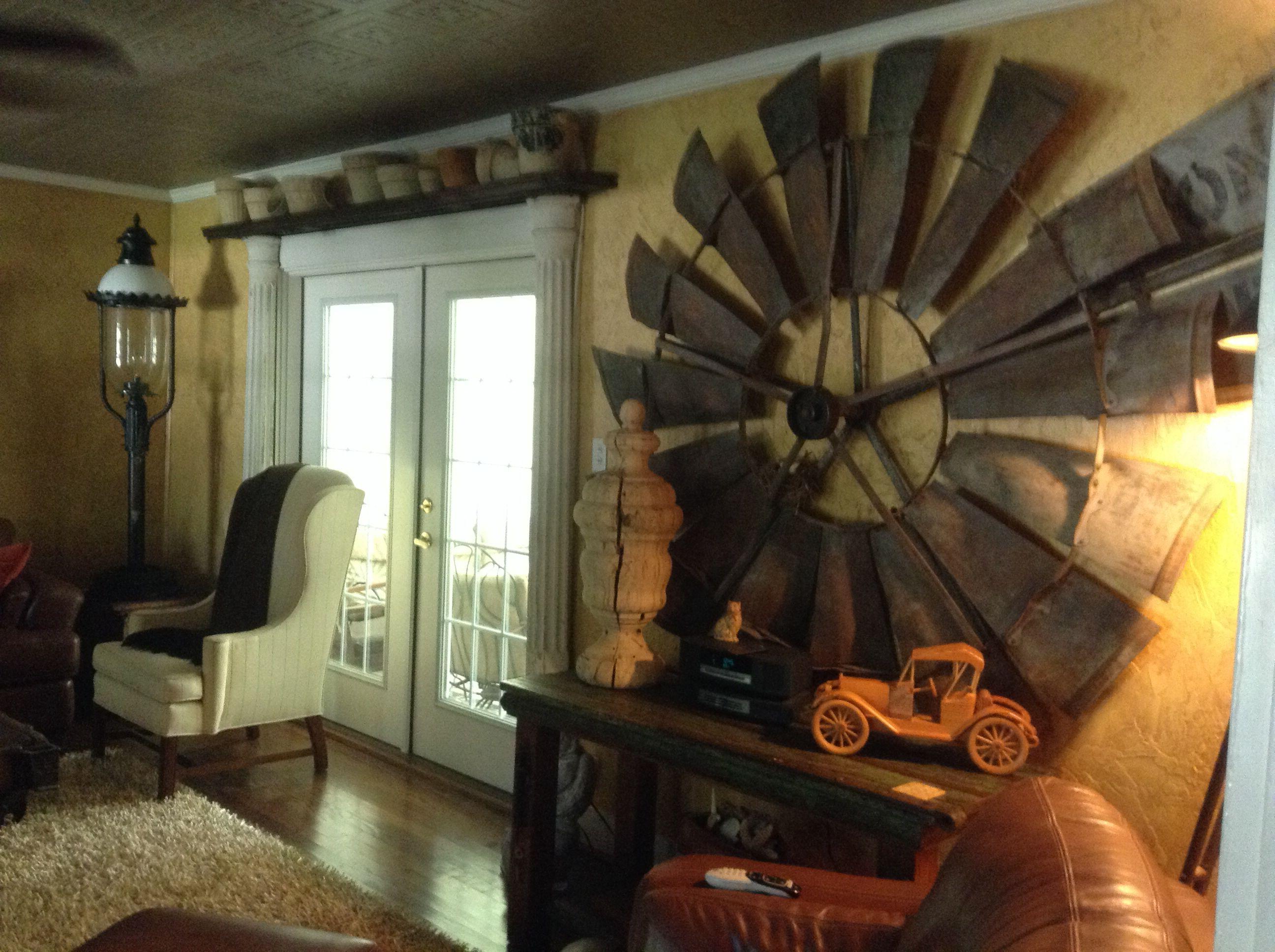 Windmill fan wall decor. Hinz57 on Facebook