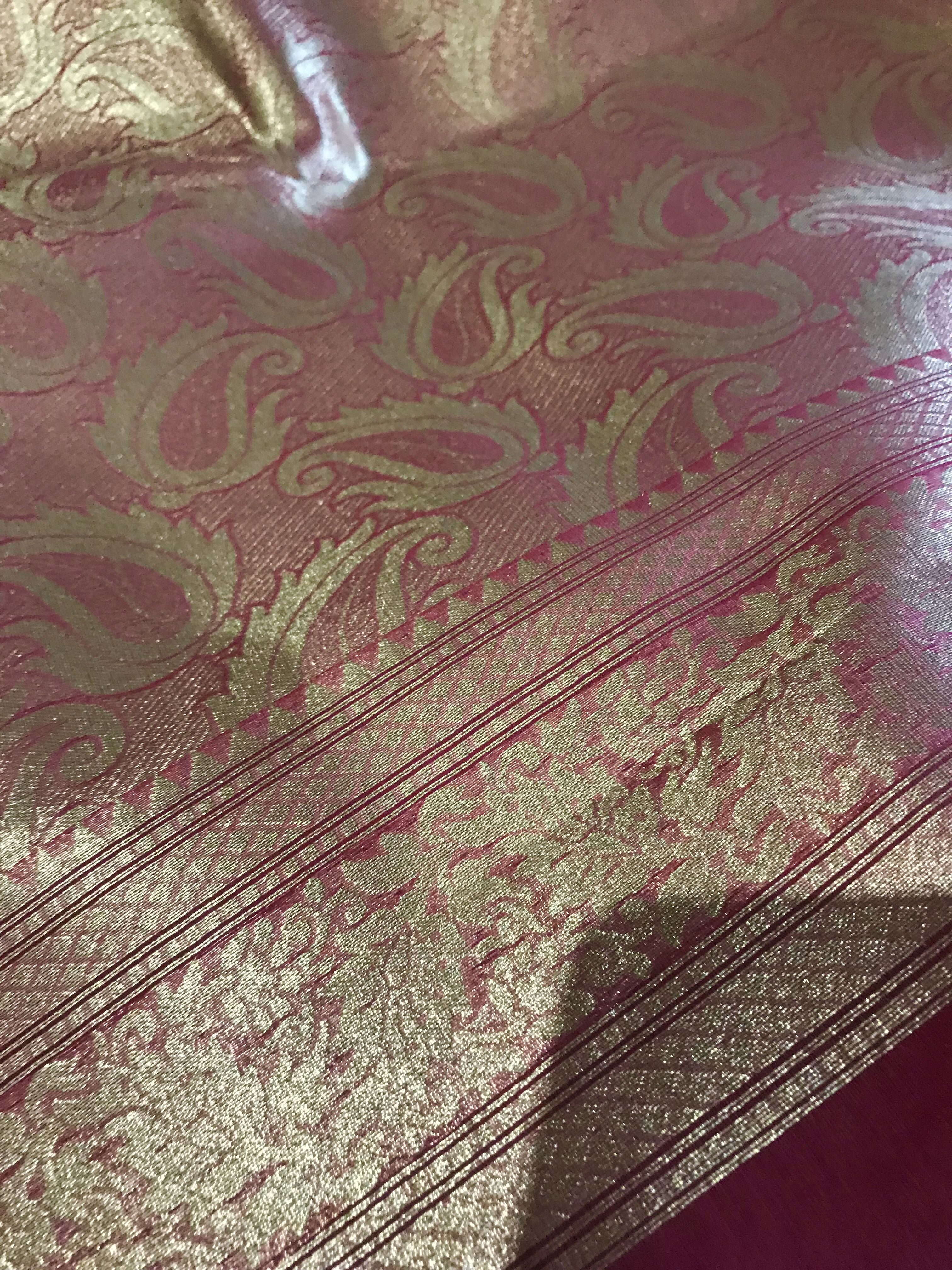 Moda  FRENCH GENERAL FAVORITES Roche 13522 24 By The Yard French General.