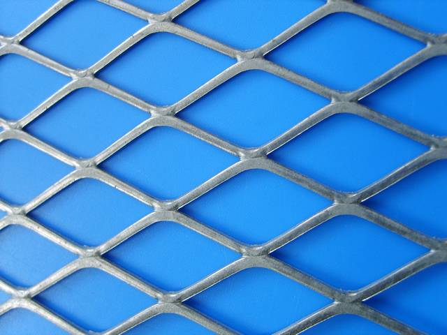 Expanded Metal Fence For Higher Security Fencing And Barriers In 2020 Expanded Metal Metal Mesh Screen Metal Sheet