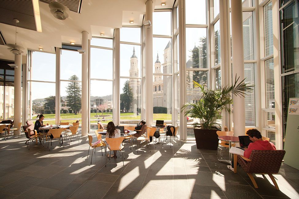 Would You Like To Study English In California The University Of San Francisco Is Now Accep With Images University Of San Francisco This Or That Questions English Study