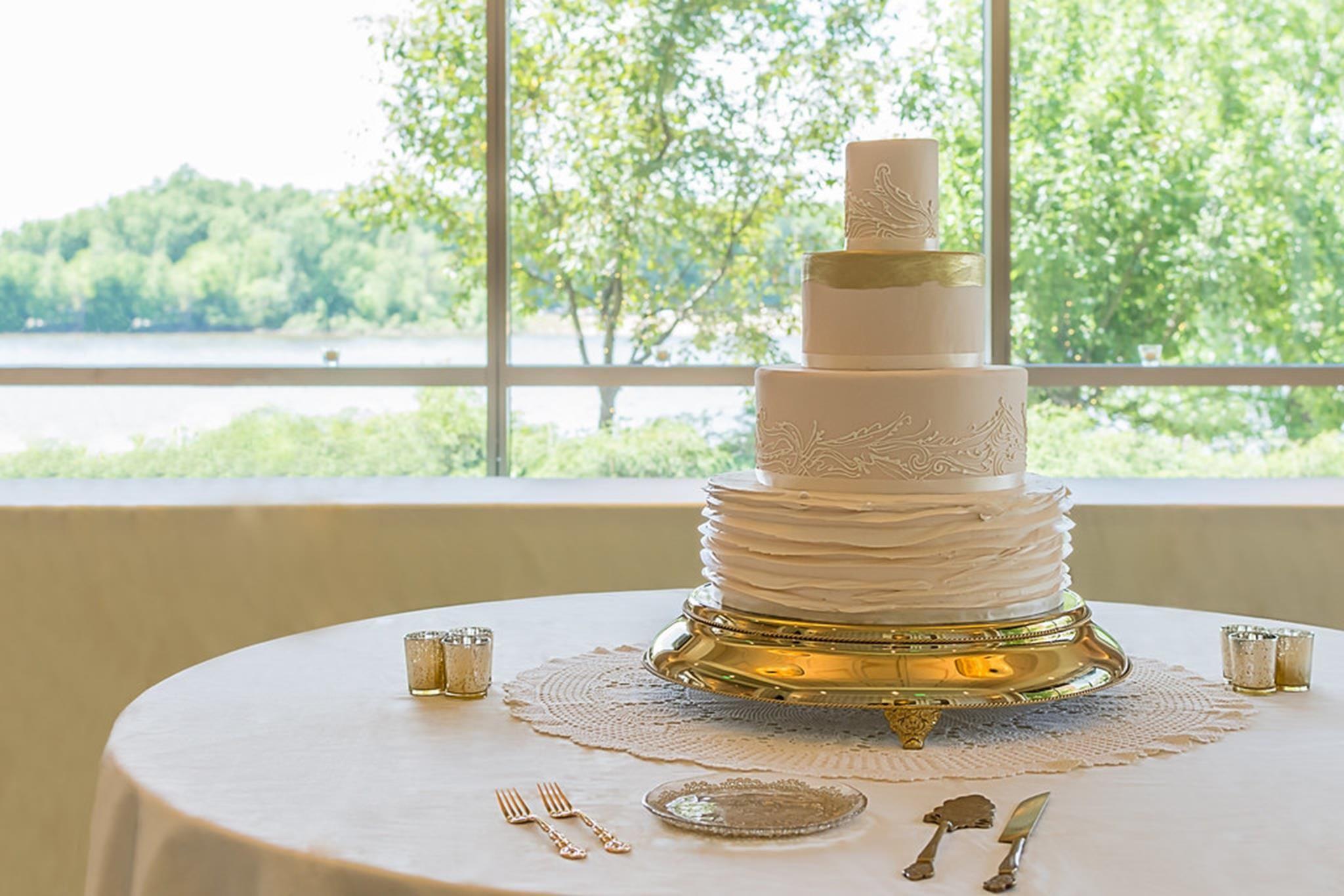 Wedding Cake boxes in sri lanka in 2020 Wedding cake