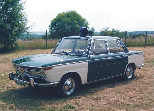 BMW 2000 1966 (E121).   Automovelantigo
