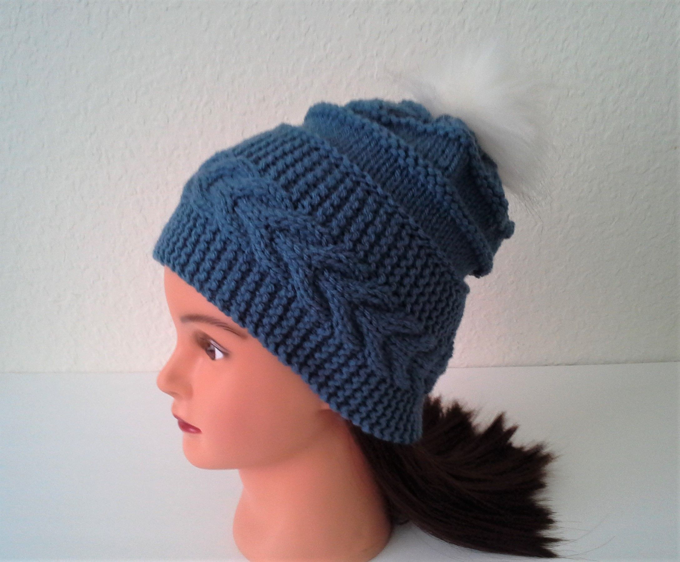 e76bcb5d29331 Womens Slouchy Hat Knit with Cable Brim . Warm