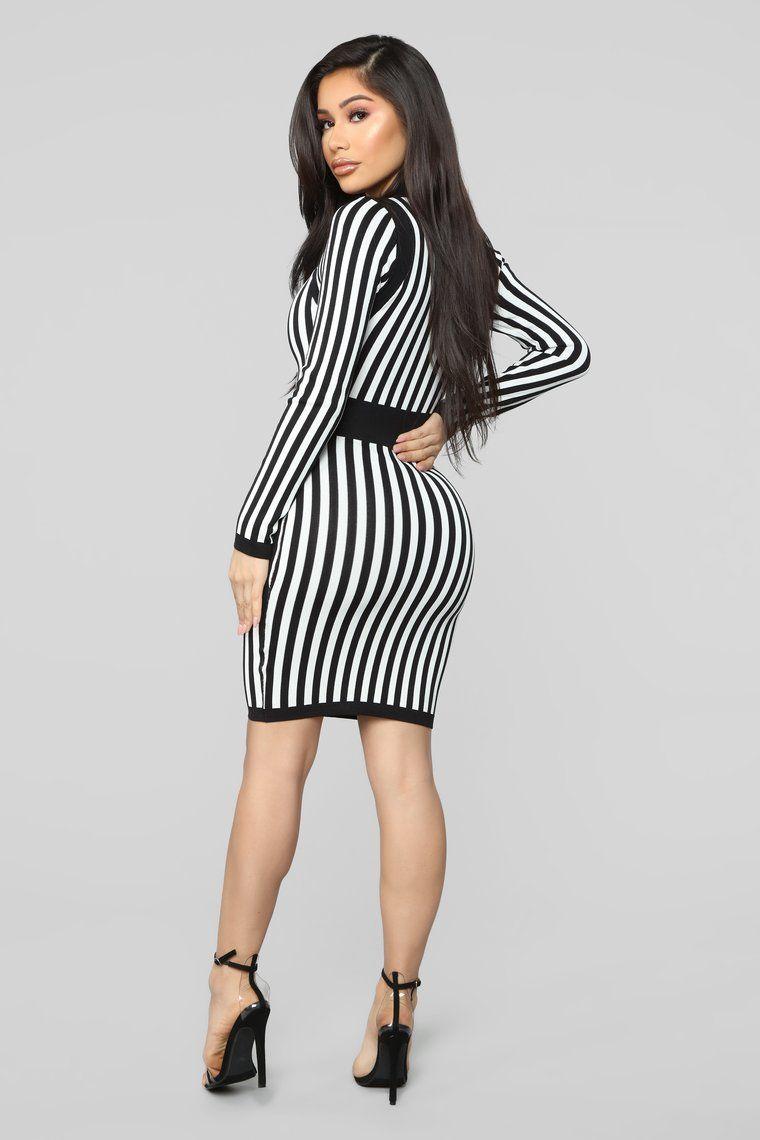 Timeless Striped Sweater Dress Black/White Stripes