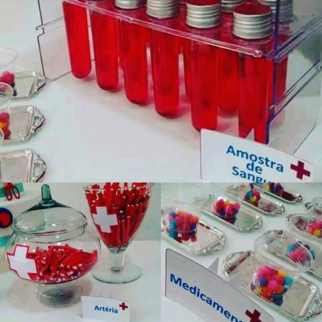 Tema Medicina Hospitalar #tubete amostra de sangue #fine artéria #m&M medicamento #boanoite #  -> Decoração Festa Enfermeiro