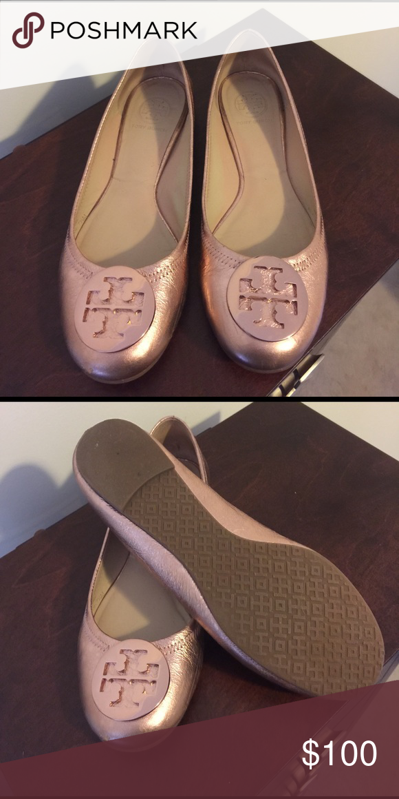 Tory burch reva flats Rose gold Tory butch reva flats in great condition!